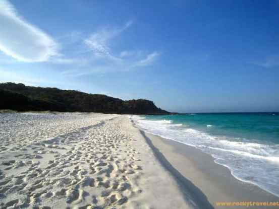 Hyams Beach White Sands