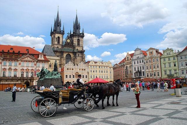 visit-prague-europe