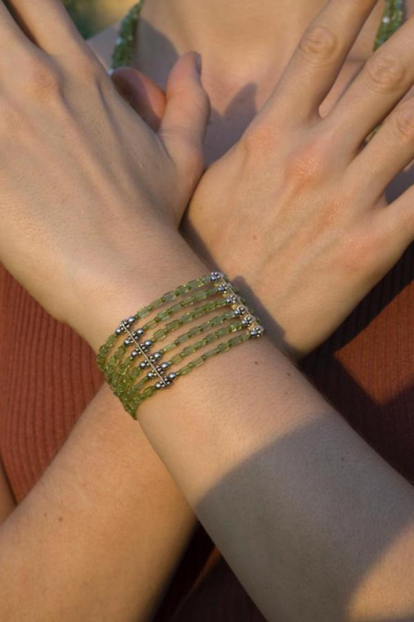 bracciale-fatta-a-mano-in-Argento-zirconi-verde-lino