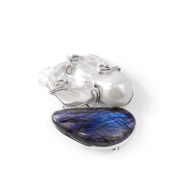 Spilla-Ciondolo-fatta-a-mano-in-argento-clematide