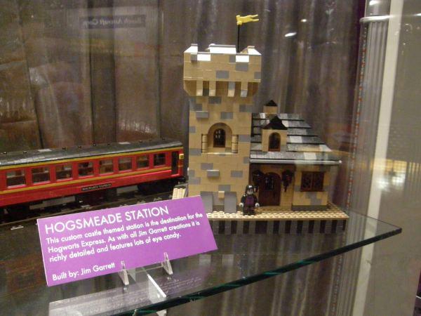 Harry Potter LEGO Hogsmeade Station