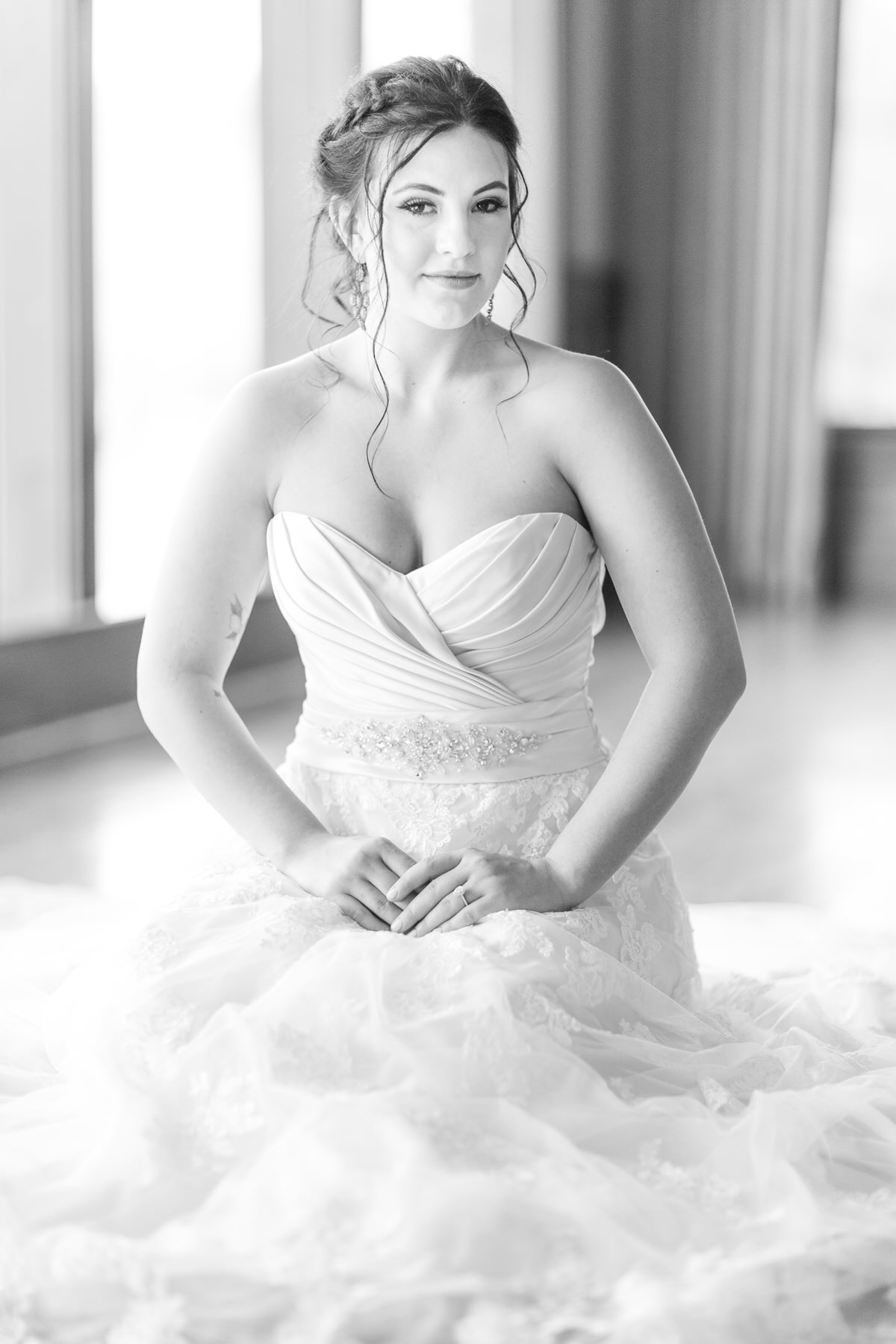 bride black and white Elk River Country Club