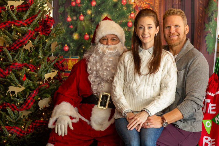 Rodney Smith Photography Family Portraits with Santa Claus