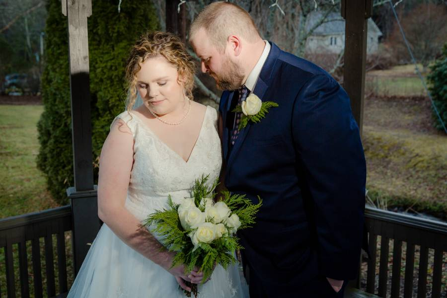 Rodney Smith Photogrpahy, beech mountain wedding, banner elk, linville, linville falls, blowing rock, banner elk, bride, groom, gazebo, soft light