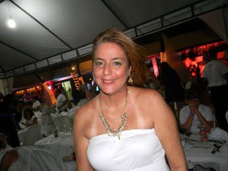 Cristina_Lira_-coluna_versatil_news_-_reveillon_Ocean_-01_de_janeiro_de_2011