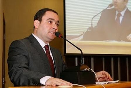 Gustavo-Fernandes