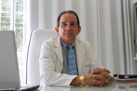 Dr._Aderson