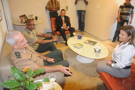 Visita_dos_comandantes_da_7_Brigada_de_Infantaria_de_Natal_-_Foto_Jos_Aldenir__22