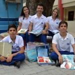 EM_REDES_SOCIAIS_ALUNOS_PROMOVEM_ARRECADAO_DE_LIVROS