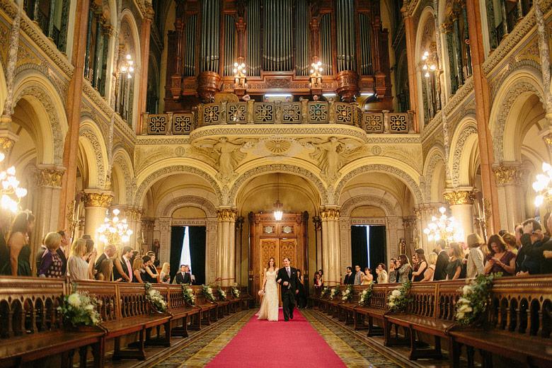Casamiento en la iglesia del Santisimo Sacramento