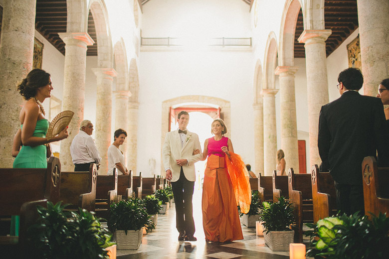 Groom in Santa Catalina de Alejandría Cathedral, Cartagena, Colombia