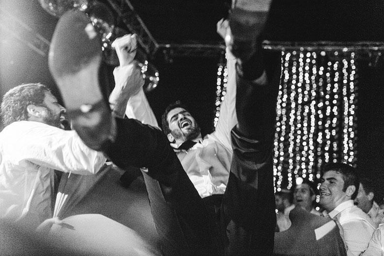 fotos naturales de fiesta de casamiento