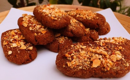 Kwarezimal - Lenten Almond Cakes