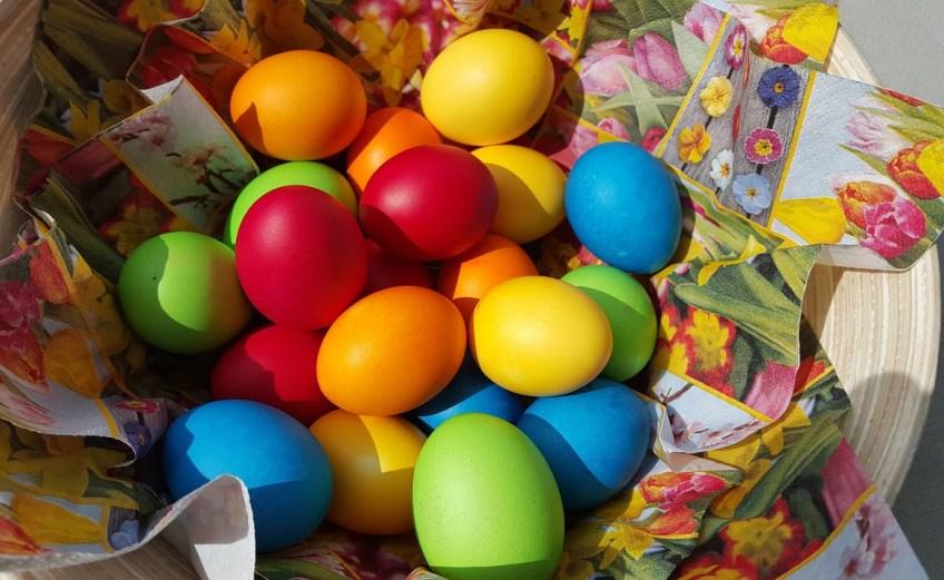 Naturalne barwniki do jajek (fot. pixabay)