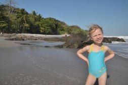 Oliwia na plaży w Montezumie