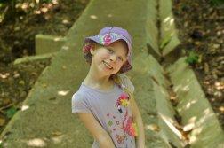 Oliwia na szlaku w Parku Narodowym Manuel Antonio