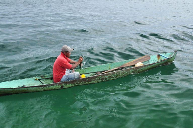 Piroga w Bocas del Toro