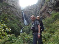 Tuż przed wodospadem nieopodal Kazbegi