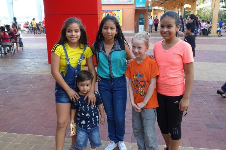 Zdjęcie z tubylcami Guayaguil