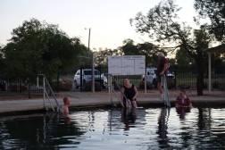 Kąpiele w Lightening Ridge