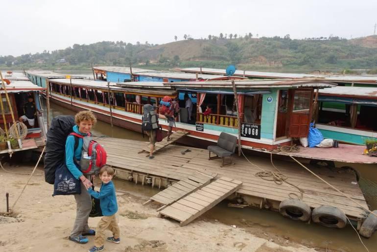 Start podróży łodzią do Luang Prabang