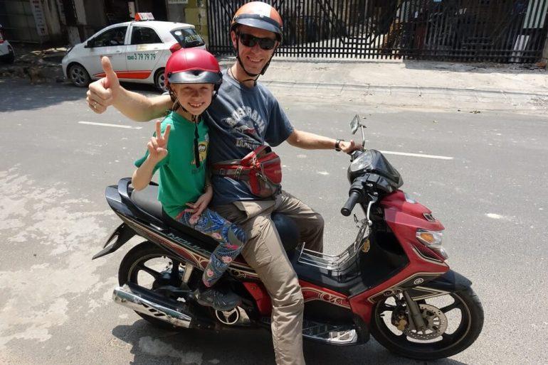 Jedziemy do najstarszej kobiety w Wietnamie