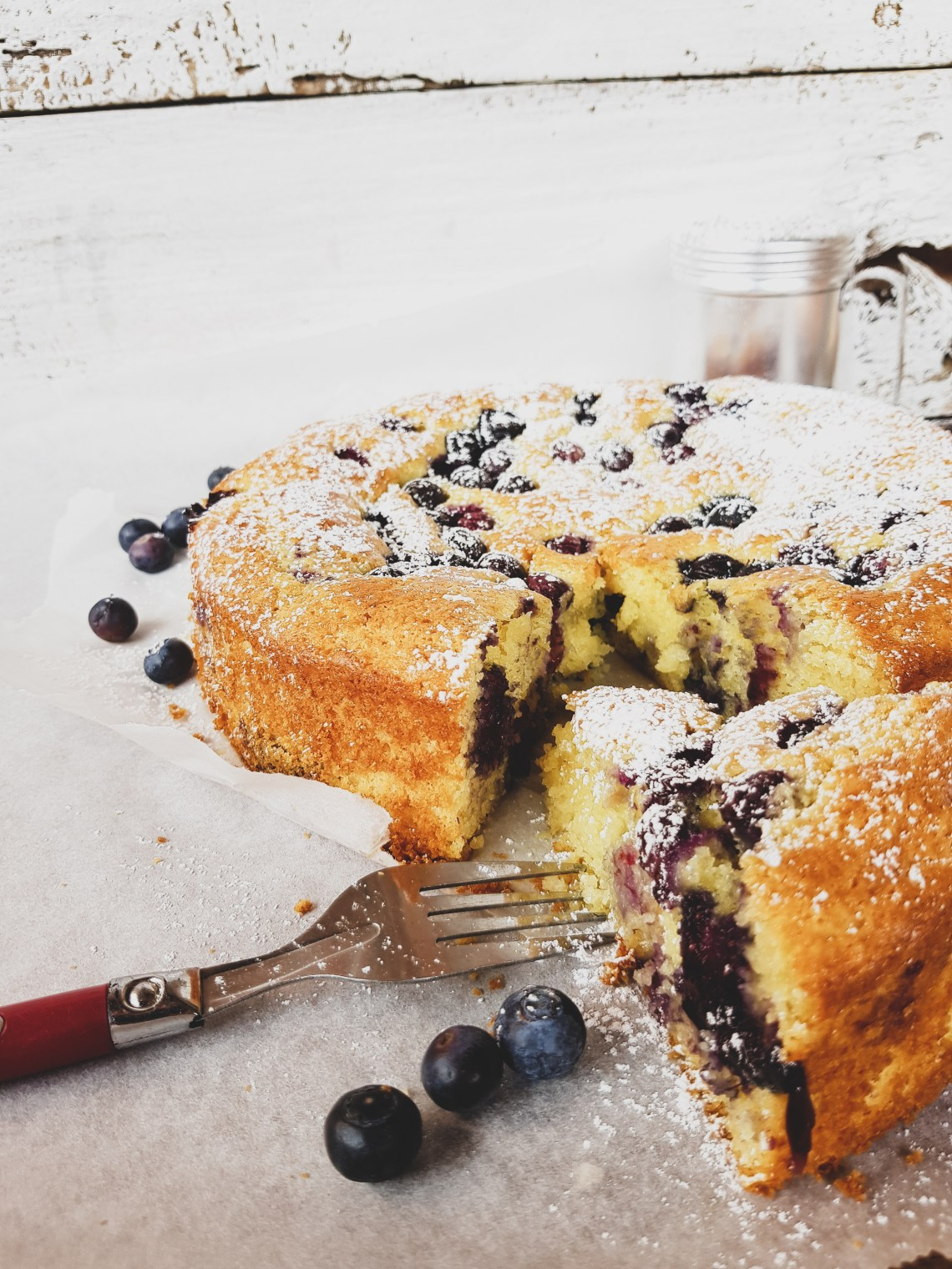 lemon cake with ricotta and blueberries