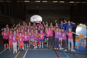 Meisjeshappening 'start to basket' bij Wytewa