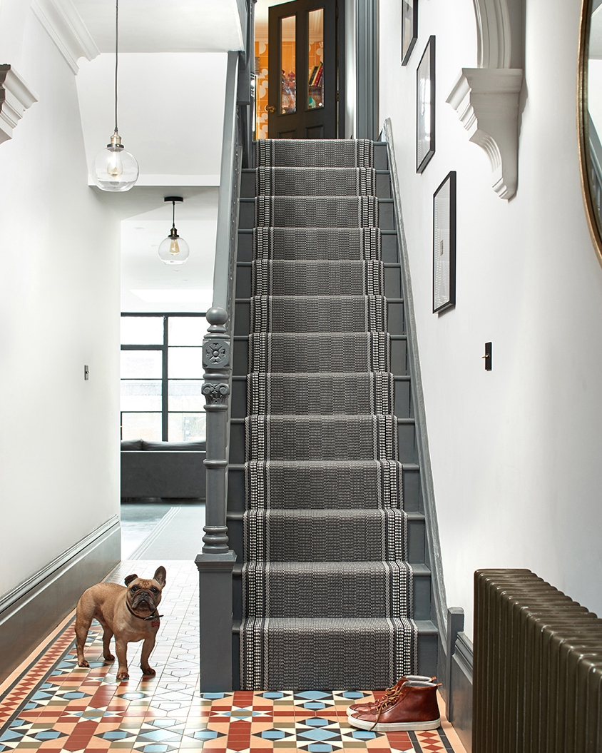 Pelham Roger Oates Blog – Stairs And Stripes | Roger Oates Stair Runners | Middle | Hallway | Art Deco | Corner | Victorian