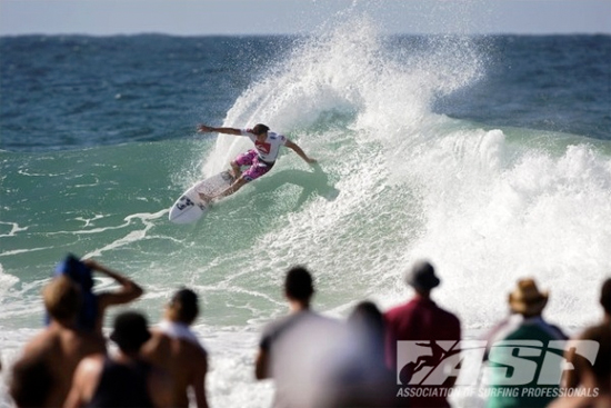 Rogue Mag Surf - Dane Reynolds Poised to Thrill with Wildcard into Quiksilver Pro Presented by Land Rover
