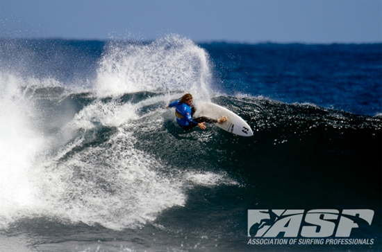 Rogue Mag Surf - Slater Eliminated, Occy Advances At The The Telstra Drug Aware Pro