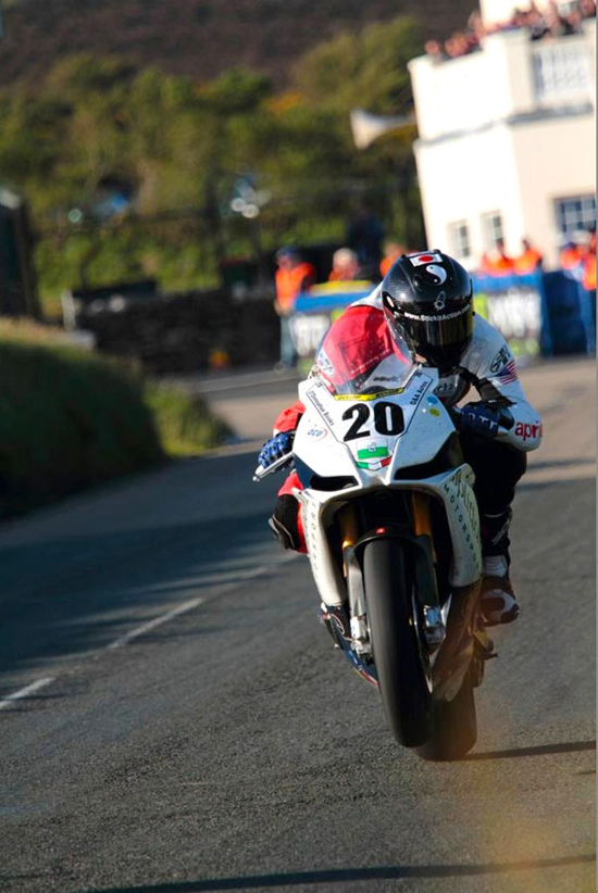 Rogue Mag Motorsport - Splitlath Redmond announce Isle of Man TT line-up for 2012
