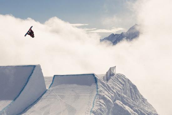 Rogue Mag Snow - Burton European Open - Check the Course with Torstein Horgmo