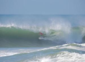 Rogue Mag Surf - World's Best Take on Cascais Powerful Waves in October
