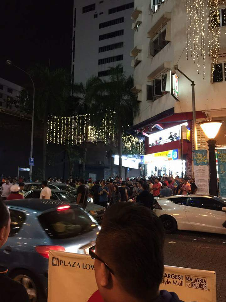 The crowd gathering outside Low Yat Plaza