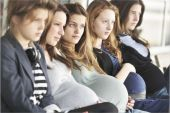 Parents Panicking Over Virgin Pregnancy Pact
