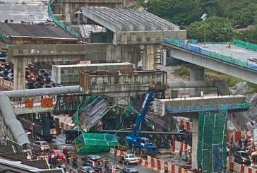 SUKE Highway Collapse Due To Overloaded Trailer!