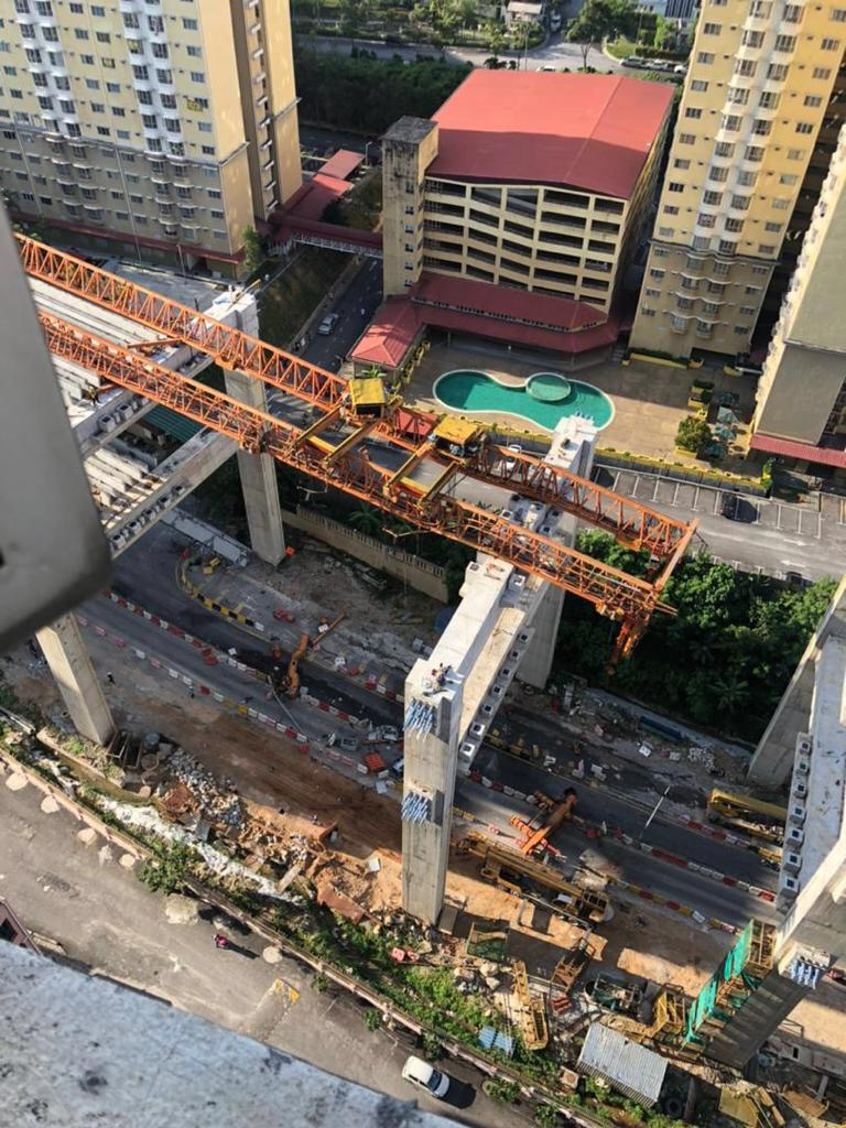 Another SUKE Highway Disaster : Launcher Crane Collapses!