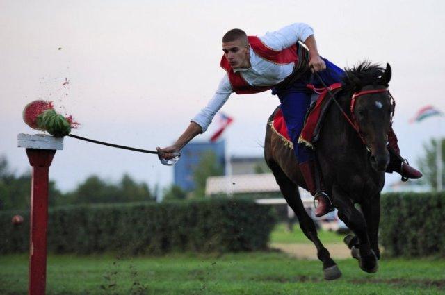 Tamna strana srpskog turizma: Ljubičevske konjičke igre – događaj bez najave (VIDEO)