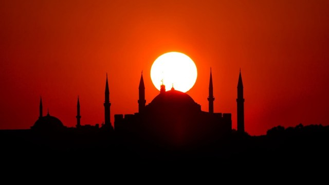 Dobrodošli u Tursku: Zemlja istorije, tradicije, boja, ukusa, mirisa i doživljaja (RECEPTI) (VIDEO)