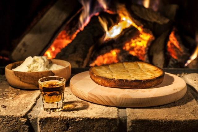 Doručak u staroj Srbiji: Kako su se izjutra hranili naši preci? (RECEPTI)