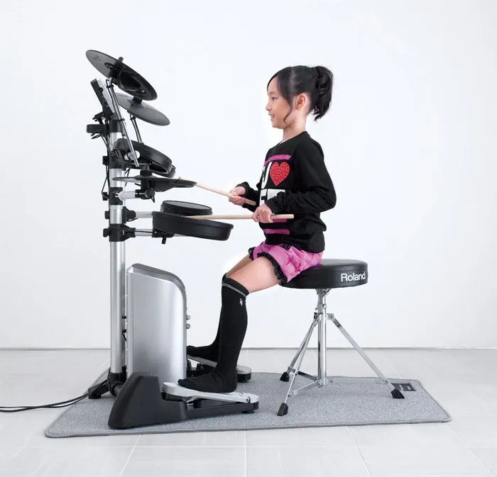 Kanade Sato Playing the Roland HD-3 V-Drums Lite