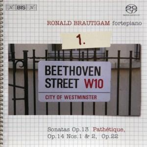 Beethoven: vol.1 - Piano sonatas opp.13, 14 & 22 — Brautigam, CD cover