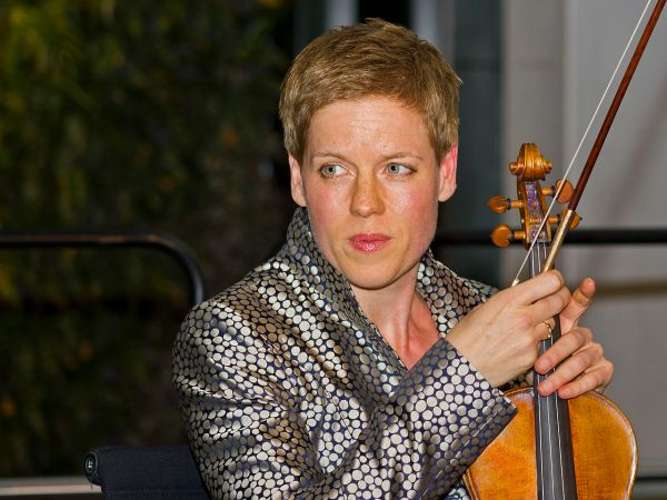 Isabelle Faust (© A.Savin, Wikimedia Commons)