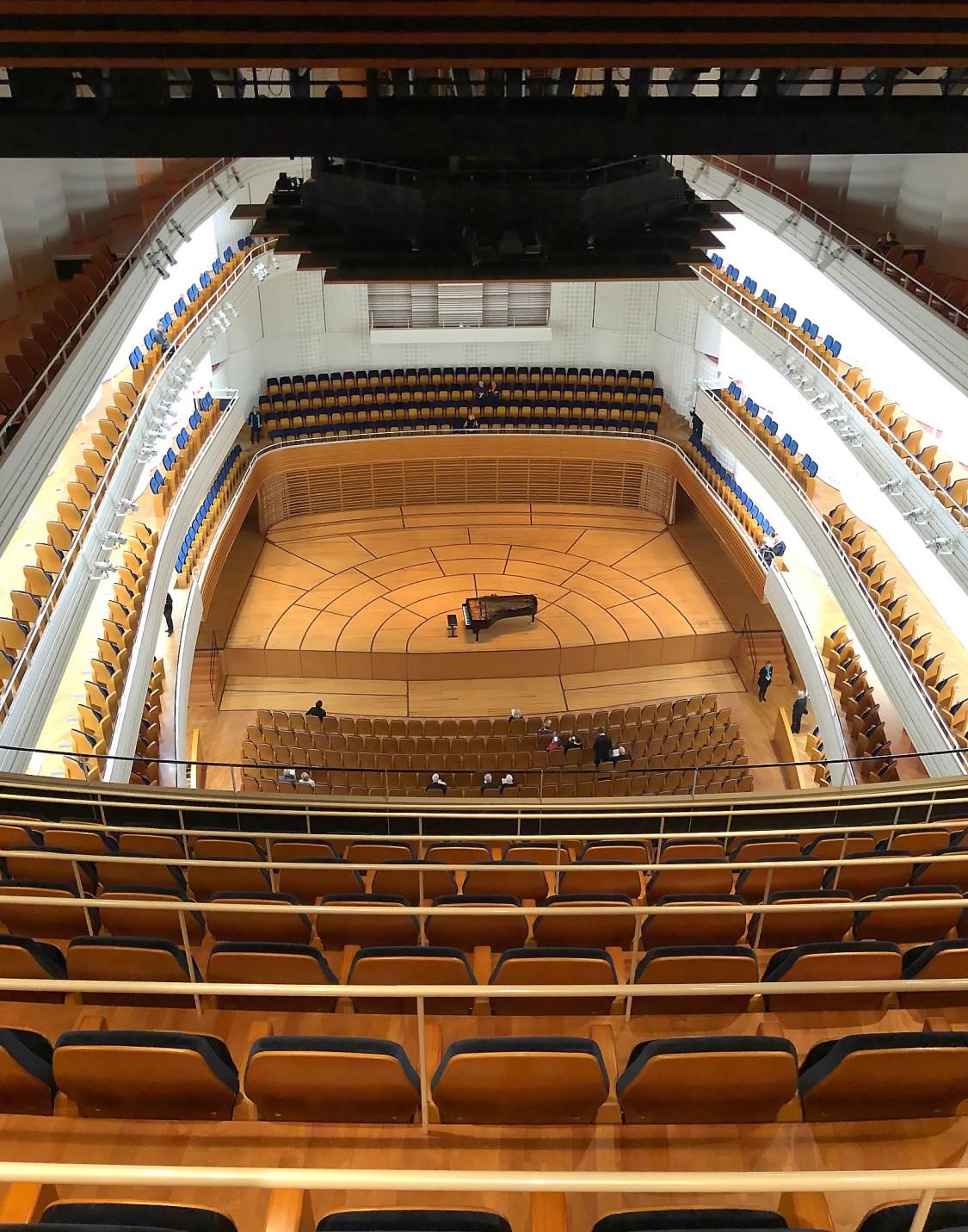 Lucerne, KKL, 2018-11-22, top row, top balcony (© Rolf Kyburz)
