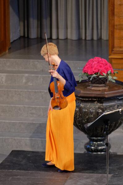 Isabelle Faust @ Kirche St.Peter, Zurich, 2019-06-02 (© Rolf Kyburz)