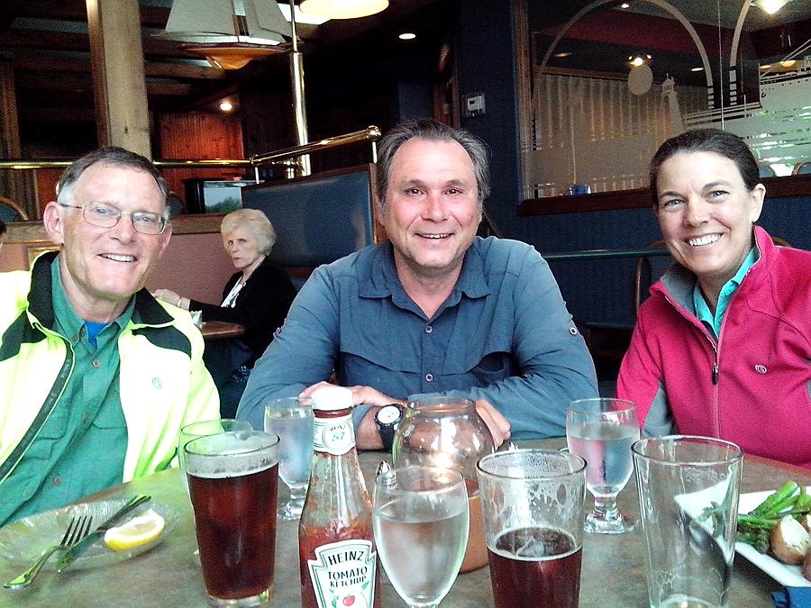 Tom, Rolf, Jan at supper