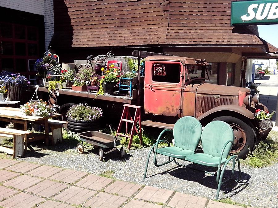 Maude's truck