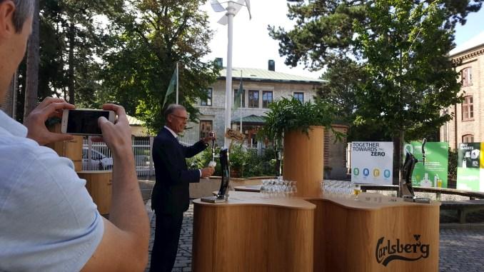 Carlsberg Creates ZERO Carbon Windmill Bar