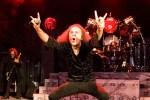 sur YT:  Ronnie James Dio Hologram parcourt la tournée mondiale  infos